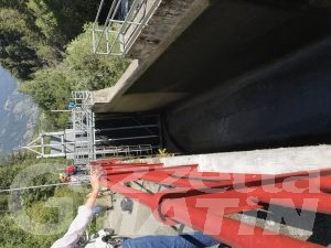 Incidente sul lavoro ad Allein: operaio muore cadendo in una vasca